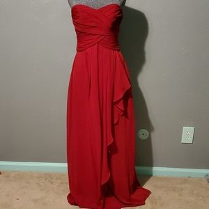 Candy apple red long formal strappdress